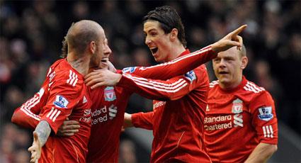 'Reds' y 'toffees' saldan con un insuficiente empate el vibrante derbi de las urgencias (2-2)