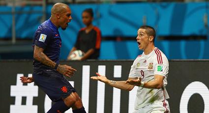España repite derrota en el debut con una severa goleada a manos de Holanda (1-5)