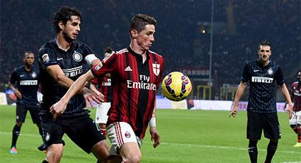 El Milan se mantiene por encima del Inter tras firmar tablas en el derbi local (1-1)